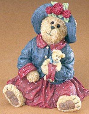 Boyds Bears Mamie Bearsvelt  Teddy Hold Near