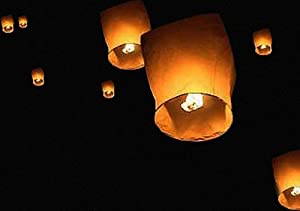 Thumbs Up Flying Sky Lanterns, Traditional Chinese Flying Glowing Lanterns, 10 Pack by ThumbsUP UK Ltd