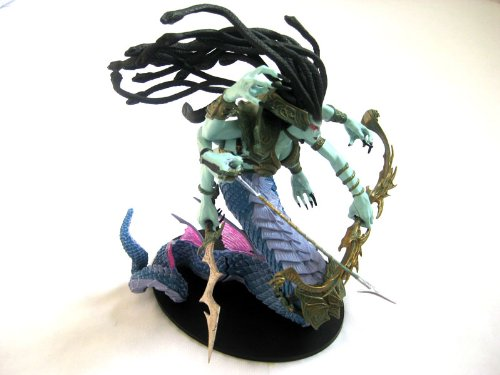 DC Comics World of Warcraft Series 4: Deluxe Collector Figure: Lady Vashj