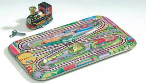 Tin Toy Modern Train Vintage Action Set with Track and Wind-up Engine (Vintage Train Engine compare prices)