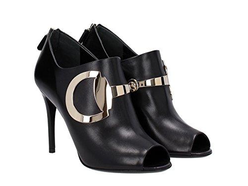 Stivaletti con tacco alto Gucci in pelle nero - Codice modello: 388358 C9D00 1000 - Taglia: 40 IT