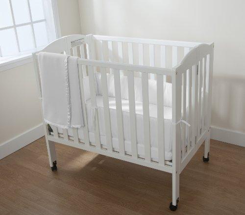 White Crib Bedding Set front-32952