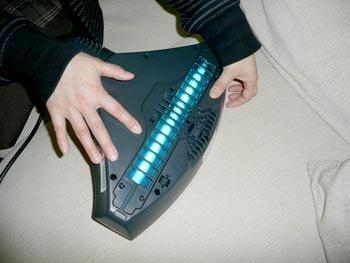 レイコップ (ホワイト) UVランプ内蔵クリーナー raycop 除菌クリーナー ダニも死滅 花粉対策に最適 UVランプで除菌してアレル物質を除去するクリーナー 掃除機 ハンディクリーナー