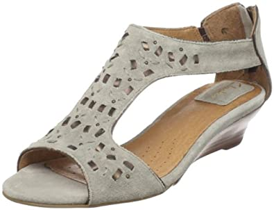 Clarks Women's Thimble Clover Sandal,Stone Suede,6.5 M US