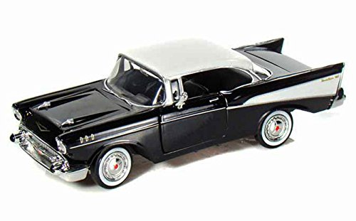 Motormax 1:24 Die-Cast 1957 Chevy Bel Air - Colors May Vary