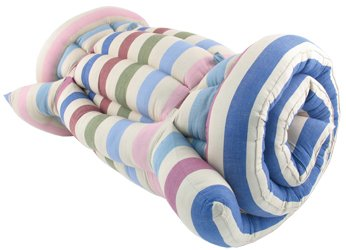 Cotton roll-up bed in medium