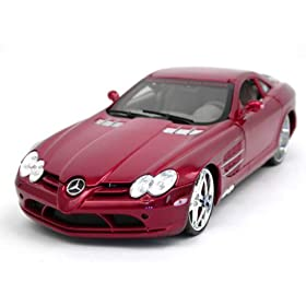 diecast car model 2006 Mercedes Benz SLR McLaren 1:18 scale