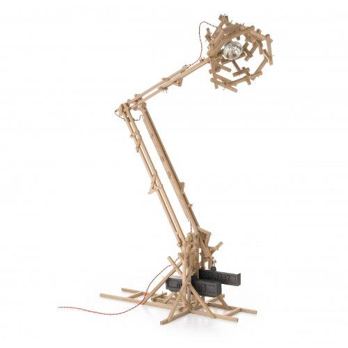 brave-new-world-lamp-oak-h-180cm
