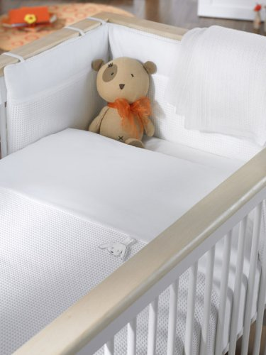 Izziwotnot White Gift Luxury Cot/Cot Bed 5 Pc Bale