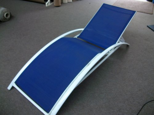 Sun Lounger Metal Frame Vibrant Blue mesh Luxury & Style Ideal For Lounging (Blue)