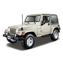 18-12014 1:18 Gold Jeep Wrangler Sahara
