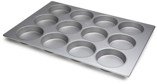 Focus Foodservice Commercial Bakeware Mini-Cake Pan 12-Cup