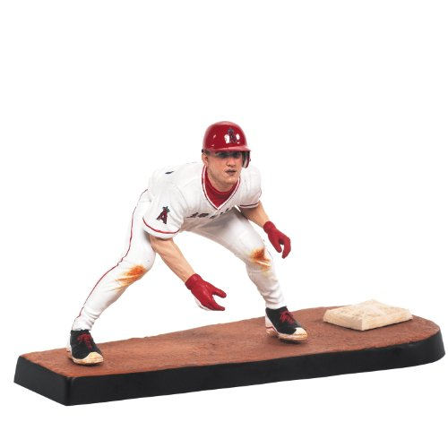 MLB Series 31 Mike Trout Figure - 1