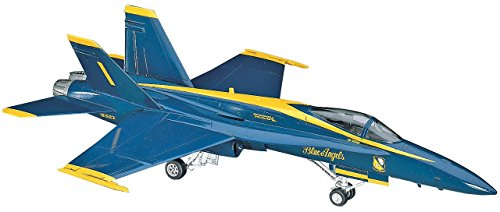 Hasegawa 1/72 Blu Angel F/A-18A Hornet (Blue Angels Model compare prices)
