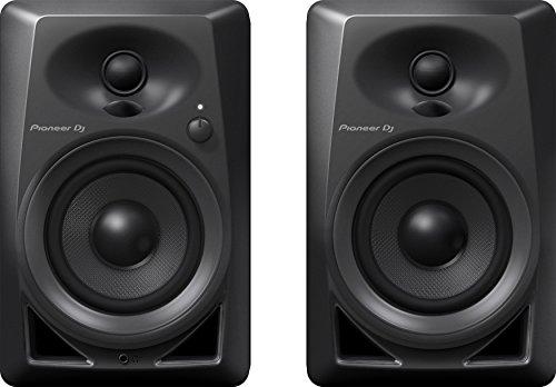 pioneer-dj-dm-40-pair-desktop-monitors-bring-excellent-audio-quality