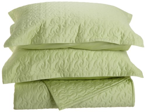 Tuscany Fine Italian Linens Egyptian Cotton Quilted Coverlet Set, Queen, Spring Green front-600692