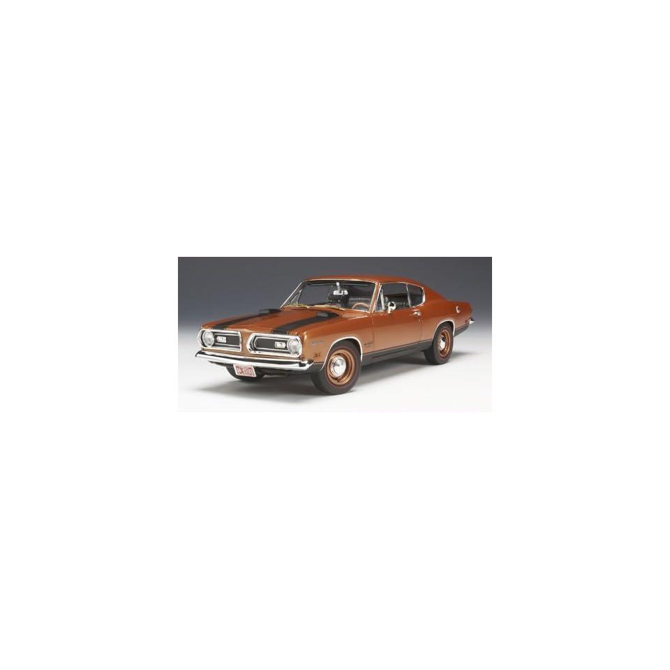1969 Plymouth Barracuda 440 Copper Highway 61 1/18 Diecast Car Model