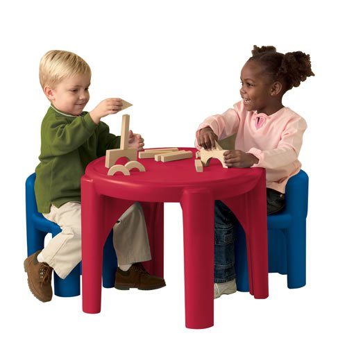 Review Little Tikes Table and Chairs Set