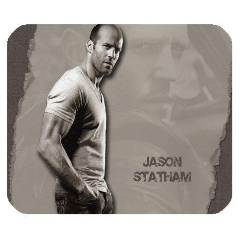 服の上からでもわかるジェイソンステイサムのかっこいい筋肉