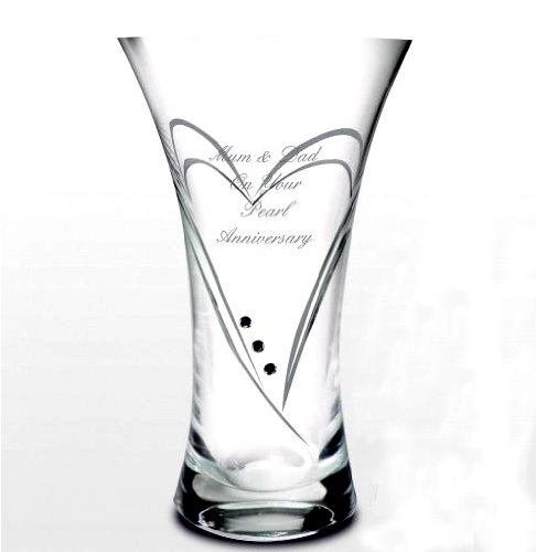 PERSONALISED SWIRL HEART VASE WITH A SWAROVSKI CRYSTAL