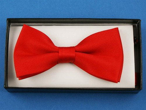Adjustable 12cm plain red bow tie in neat display box. Ideal for special occasions or fancy dress.