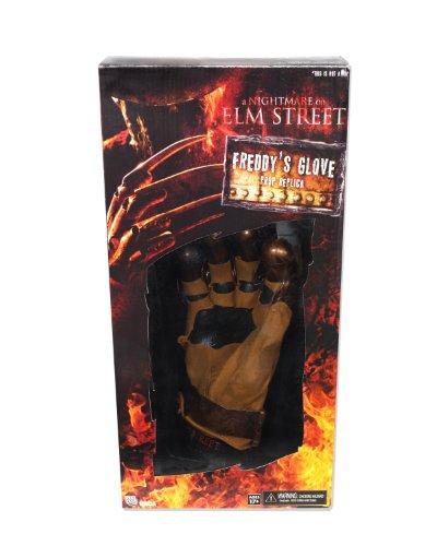 NECA Nightmare on Elm Street Re-Make Freddy's Prop Replica Glove