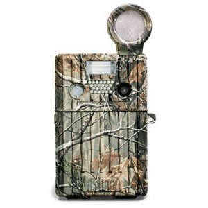 New High Quality Bushnell Trail Scout Pro 7mp Trail Camera w/Game Call - Camo