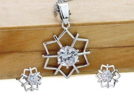 Star Clear Crystal Pendant White Gold Plated with Chain and Matching Stud Earrings Set