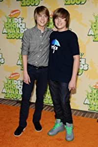 Amazon.com: Cole and Dylan Sprouse 24X36 Poster FUA #TTG299004