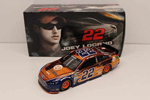 joey-logano-2015-autotrader-124-color-chrome-nascar-diecast-by-lionel-racing