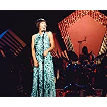 HELEN REDDY 8x10 COLOR PHOTO