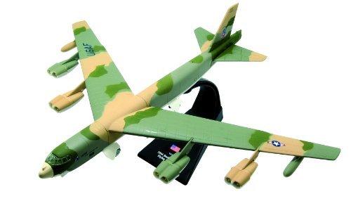 Boeing B-52 Stratofortress diecast 1:200 model (Amercom LB-3)