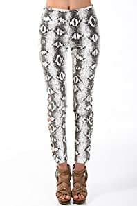 Scale Print Revealing Legs Pants in White and Black