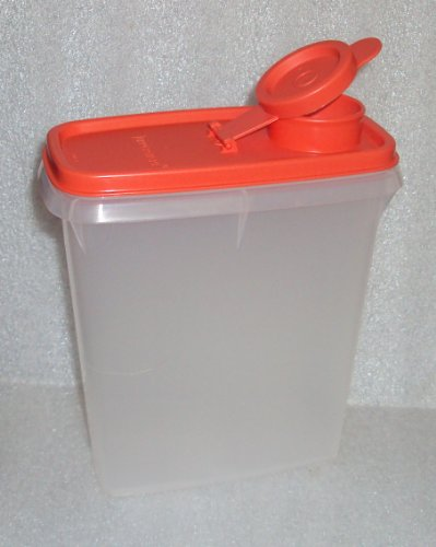 Tupperware Sippy Cups front-1073574