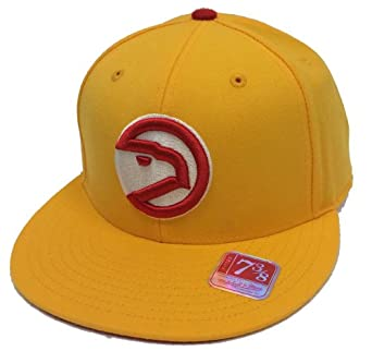 Atlanta Hawks NBA HWC Basic Logo Fitted Hat by Mitchell & Ness