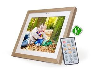 Knipsy K1 digitaler Bilderrahmen, Erle Echtholzrahmen, 2GB, 10 Zoll Touchscreen, LAN, WLAN, Internet, Facebook, Instagram, etc. , Fernbedienung, Bundle