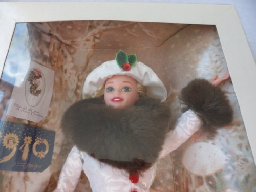 """Barbie Year 1995 Hallmark Special Edition 12 Inch Doll - Holiday Memories Barbie with Red Satin Dress, Flocked Coat with """"Faux Fur"""" Collar and Sleeves, Hat, Earrings, Handring and Boots"""