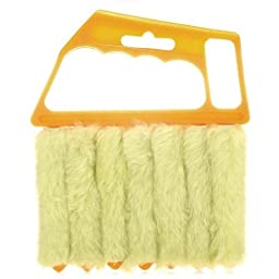 Mini 7 Hand Held Vertical Brush Cleaner Blinds Air Conditioner Duster by IRISMARU