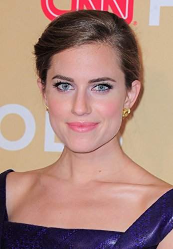 allison-williams-at-arrivals-for-cnn-heroes-an-all-star-tribute-photo-print-4064-x-5080-cm