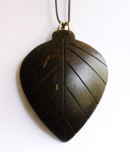 Cocoshope Coconut Shell Leaf Pendant (multicolor)