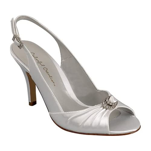 The heel strap design for wedding shoes.