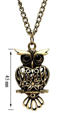 Antique Brass Color OWL Pendant - comes with 22 inch chain - large eyes with Onyx stones - Beautifully designed and hand polished to a very high jewellery standard - size of pendant 5mm