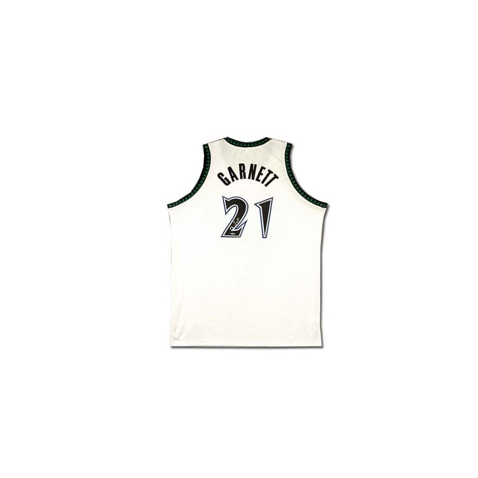 cc8522370 Kevin Garnett Autographed Minnesota Timberwolves Home White Jersey (UDA)