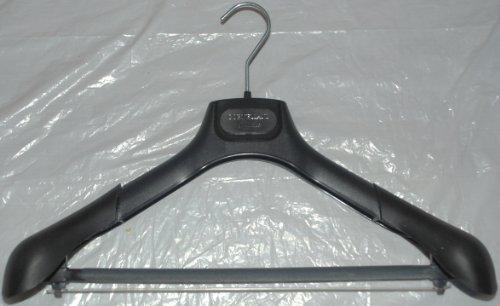 corneliani-2-piece-suit-or-sport-coat-hanger