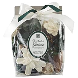 The Smell of Gardenia Decorative Fragrance by Aromatique 10.5 oz (298g)