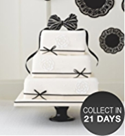 Black & Ivory Sponge Wedding Cake