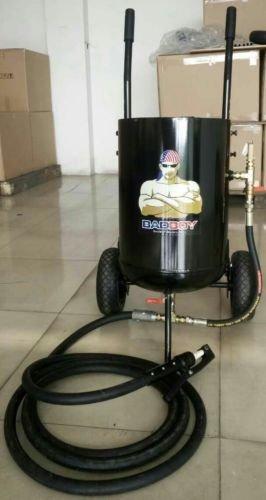 BADBOY Blasters BB300DLX (150 LBS MEDIA CAPACITY) TORNADO SERIES SODA/ABRASIVE PRESSURE POT BLASTER W/HOOD