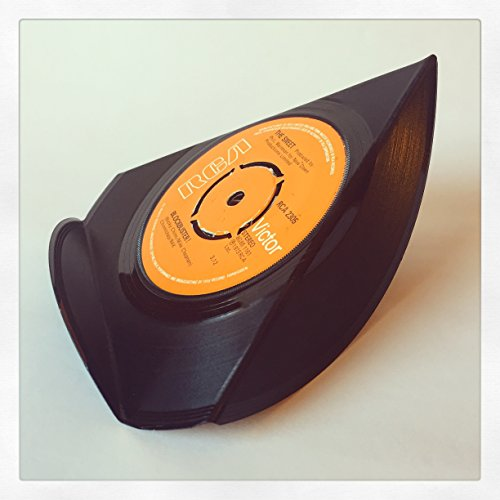 upcycled-vinyl-7-single-phone-stand-blockbuster-the-sweet