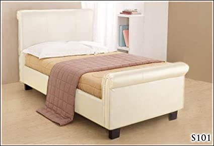 BRAND NEW 3ft CREAM FAUX LEATHER SLEIGH SINGLE SCROLL BED AND 1200 COUNT POCKET SPRUNG MATTRESS