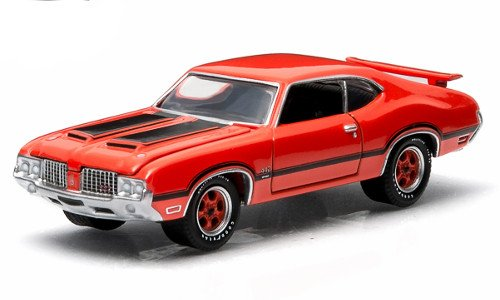 1972 Oldsmobile Cutlass 442 GL Muscle Series 11 Greenlight Collectibles 1:64 Scale 2015 Die-Cast Vehicle & Trading Card - 1